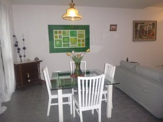 Nice Townhouse with Internet Access and A/C - Paderno Dugnano vacation rentals