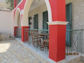 Bright 2 bedroom Spartochori Apartment with Internet Access - Spartochori vacation rentals