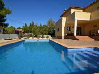 Nice 4 bedroom Villa in L'Ametlla de Mar with Internet Access - L'Ametlla de Mar vacation rentals