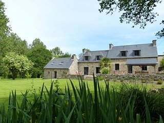Bretagne - Charmante maison de vacances proche de la mer - Lanmeur vacation rentals