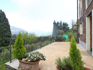 Gorgeous 2 bedroom House in Seravezza - Seravezza vacation rentals