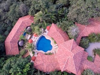 Los Altos de Eros Estate: Sleeps 12 in Luxury- SAVE UP TO 40% DISCOUNT - Villareal vacation rentals