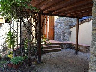 2 bedroom House with Parking in Panzano - Panzano vacation rentals