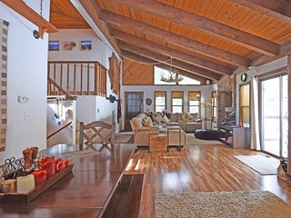 Bright 5 bedroom House in South Lake Tahoe - South Lake Tahoe vacation rentals