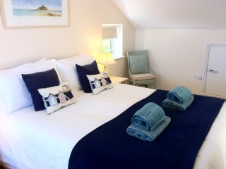 Seaside Penthouse Apartment Boasting Spectacular Sea Views - Carbis Bay vacation rentals