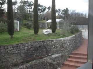 Alfoionco, Apt. Bianca, new San Macario in Monte, Lucca , Italy - San Macario in Monte vacation rentals