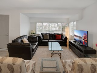 Charming spacious 6BR house in the city centre - Vancouver vacation rentals