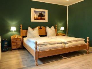 """Ferienhaus Eitel -  """"Wiesengrund"""" - Spalt vacation rentals"""