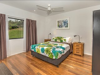 Beautiful Cottage with Deck and Internet Access - Eumundi vacation rentals