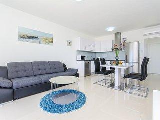 Cozy Vir Studio rental with Internet Access - Vir vacation rentals
