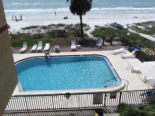 Sept. is a perfect time for a vacation in a Quiet Community overlooking beach - Indian Shores vacation rentals