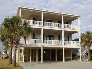 Gorgeous House with Deck and A/C - Cherry Grove Beach vacation rentals