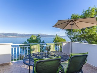Apartments Jadranka - 41101-A1 - Slatine vacation rentals