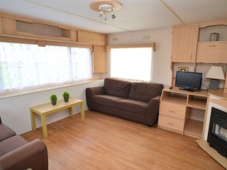 3 bed, 6 Berth Lovely Caravan in Popular Resort - Camber vacation rentals