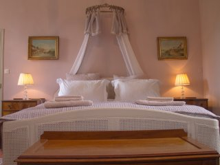 Family Suite For 2-4 with Pool Access & Breakfast - Maison Lambot B&B Provence - Montfort-sur-Argens vacation rentals