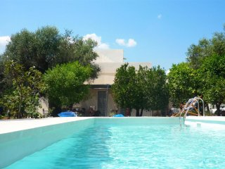 780 Architect-designed Retreat with Pool near Gallipoli - Tuglie vacation rentals