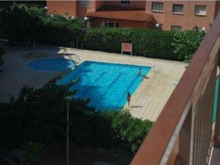 128 - TECAVI. Apartment with sea views and pool. - La Pineda vacation rentals