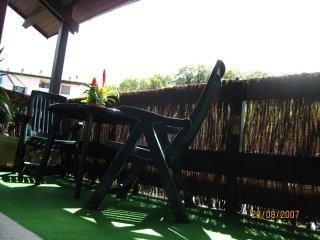 Petit Duplex terrasse plein Sud vue Vercors dernier étage proximité GRENOBLE - Claix vacation rentals