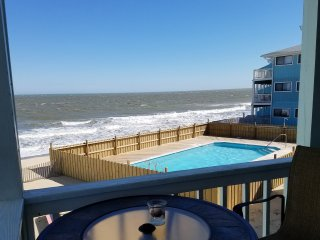 Awsome Ocean View with balcony - Kure Beach vacation rentals