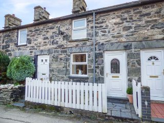 2 WHITE STREET, mid-terrace, woodburner, pet-friendly, walks from the door, in - Penmachno vacation rentals