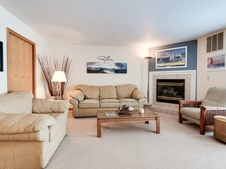 Cannery Row 3 - Enjoyable Condo for All - South Haven vacation rentals