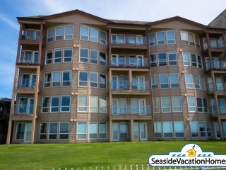 361 S Prom Unit 104 - Ocean Front - On The Prom - Seaside vacation rentals