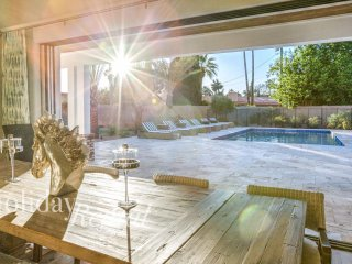 Luxury Arcadia Style Home, Walk to Old Town Scottsdale! Must See, discounted! - Scottsdale vacation rentals