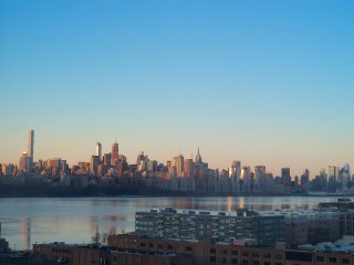 Spectacular Stay in NYC Skyline Condo - Edgewater vacation rentals
