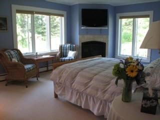 Contemporary Cape with Panoramic Mountain Views! - Stowe vacation rentals