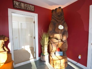 Perfect Vacation Home! Walking distance to the spa! 3+ Bedrooms and 3.5 baths - Stowe vacation rentals