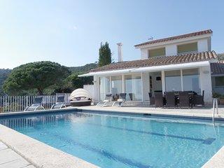 VILLA WITH POOL AND STUNNING SEA VIEWS ref OLIVA - Tossa de Mar vacation rentals