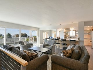 Stunning Morro Bay Heights Home, Fully Remodeled and Pet Friendly - Morro Bay vacation rentals