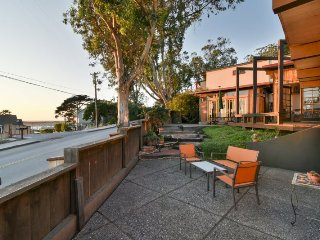 Spectacular Four Bedroom Rustic Home with Unbeatable Outdoor Spaces and Views - Morro Bay vacation rentals