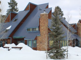 Blessed Blue, is a spacious Pagosa Springs town home perfect for your vacation. - Pagosa Springs vacation rentals
