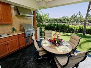 Waikoloa Beach Villas F3. Hilton Waikoloa Pool Pass Included for stays thru 2017 - Waikoloa vacation rentals