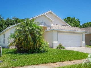 Desiree`s Cottage - Charming 3 bedroom / 2 bathroom pool home in Chatham Park - Kissimmee vacation rentals