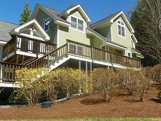 Luxury 4 Bedroom Private Home in the White Mountains of New Hampshire - Campton vacation rentals