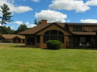 Golf and Ski Vacation Rental close to Loon and Cannon Ski Resorts with indoor - Woodstock vacation rentals