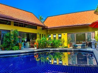 Private Villa, Pool Jacuzzi, Gym, 700 mtr to beach - Lamai Beach vacation rentals