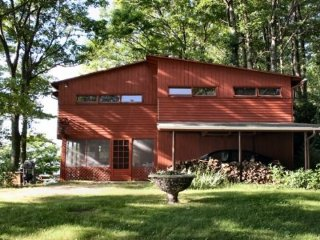 Wilkening Cottage - Coloma vacation rentals