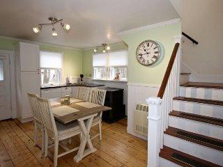 San Jewel Cottage-Charming Cottage close to Rockport Harbor - Tenants Harbor vacation rentals