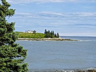 Exquisite Maine Summer House on coveted Harts Neck - Tenants Harbor vacation rentals