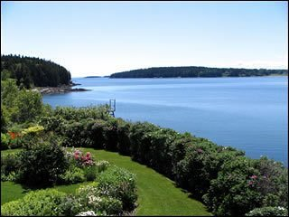 A serene and beautiful waterfront haven with meticulously maintained gardens - Port Clyde vacation rentals