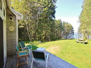 Quiet and charming house on the shores of Port Clyde- a walk to the village. - Port Clyde vacation rentals