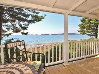 A vintage 1917 summer cottage on the water - Port Clyde vacation rentals