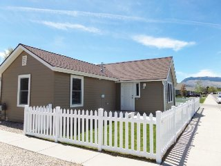 Bright 1 bedroom House in Cody - Cody vacation rentals