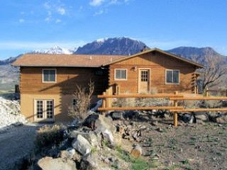 Perfect 3 bedroom Cody House with Wireless Internet - Cody vacation rentals