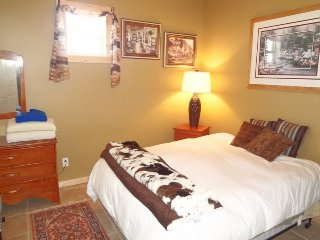 Cozy 2 bedroom Cody House with Internet Access - Cody vacation rentals