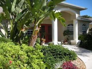 Pet Friendly and Near Beaches 3 Bedroom - 2 Bath Home - Fort Myers vacation rentals