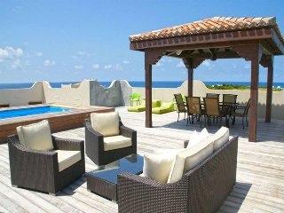 Cozy House with Internet Access and A/C - Cupecoy vacation rentals